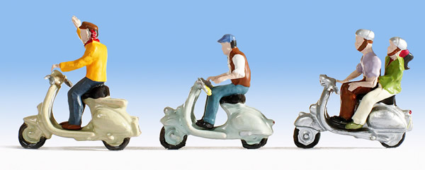 Noch 36910 - Scooter Drivers