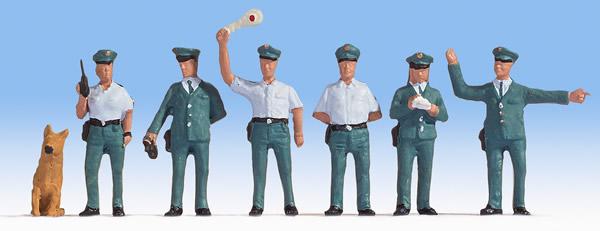 Noch 45076 - Police Officers GDR
