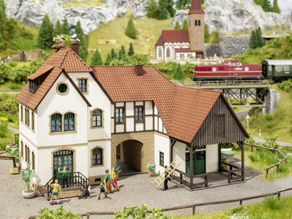 Noch 63703 - Holiday Farm Linder