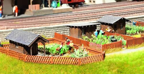 Noch 63804 - Garden plot kit (3 pcs.)