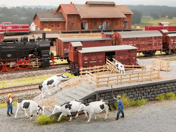 Noch 65614 - Scenery Set Cattle Transport