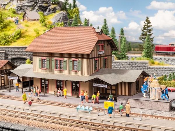 """Noch 66007 - """"Honau"""" Station"""