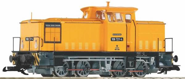Piko 37590 - German Diesel locomotive BR 106 of the DR