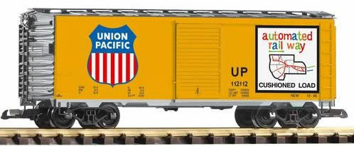 Piko 38831 - UP Steel Boxcar 112112, Armour Yellow