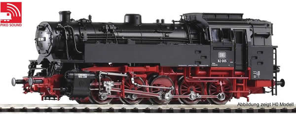 Piko 40101 - German Steam Locomotive BR 82 of the DB (Sound)