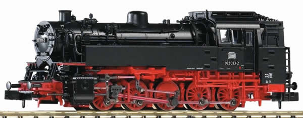 Piko 40102 - German Steam Locomotive BR 82 of the DB
