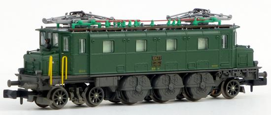 Piko 40321 - Swiss Electric Locomotive Ae 3/6 I 10710 of the SBB