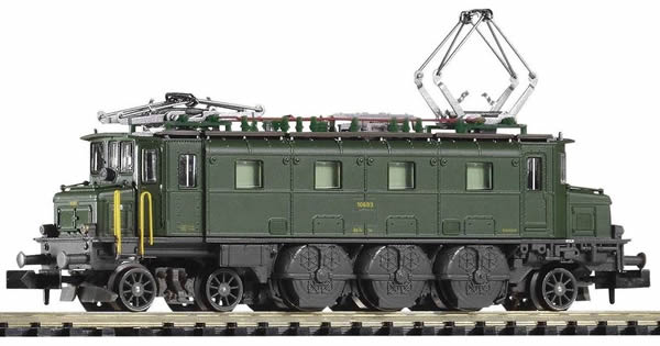 Piko 40322 - Swiss Electric Locomotive Reihe Ae 3/6 I 10639 of the SBB