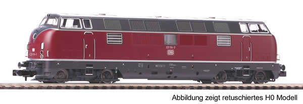 Piko 40500 - German Diesel Locomotive BR 221 of the DB