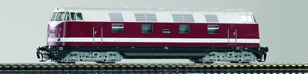 Piko 47284 - German Diesel locomotive V 180 of the DR