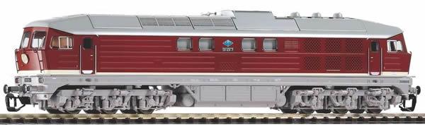 Piko 47326 - German Diesel Locomotive BR 131 of the DR