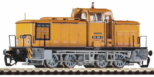 Piko 47362 - German Diesel Locomotive Series 106.0 of the DR