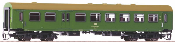 Piko 47609 - 2nd class Rekowagen with luggage compartment of the DR