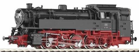 Piko 50047 - German Steam Locomotive BR 82 of the DB