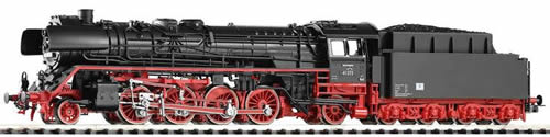 Piko 50127 - German Steam Locomotive BR 41 of the DR