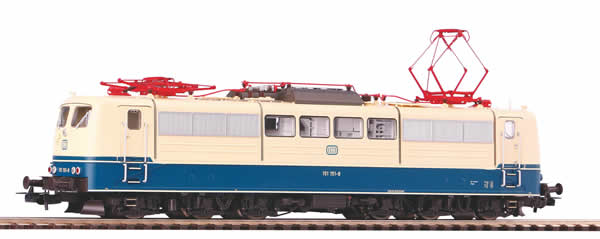 Piko 51311 - German Electric Locomotive BR 151 of the DB