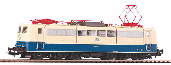 Piko 51312 - German Electric Locomotive BR 151 of the DB (DCC Sound Decoder)