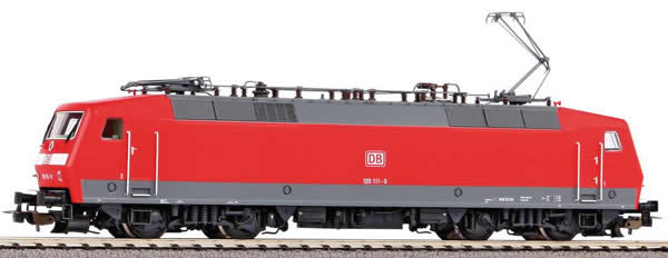 Piko 51324 - German Electric locomotive BR 120 of the DB AG