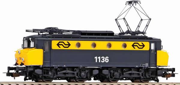 Piko 51370 - Dutch Electric locomotive Rh 1100 of the NS (DCC Sound Decoder)
