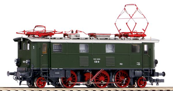 Piko 51412 - German Electric Locomotive BR E 32 of the DB (DCC Sound Decoder)