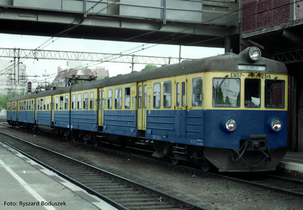 Piko 51453 - Polish Electric multiple unit EN 57 of the PKP (Sound)