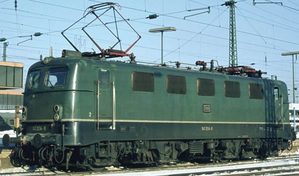 Piko 51525 - German Electric Locomotive BR 141 of the DB