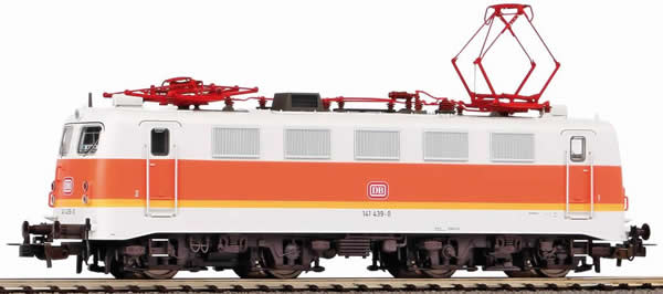 Piko 51527 - German Electric Locomotive BR 141 of the DB (Sound)