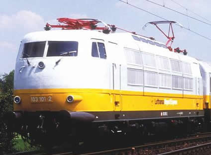 Piko 51683 - German Electric Locomotive BR 103 Lufthansa, short version