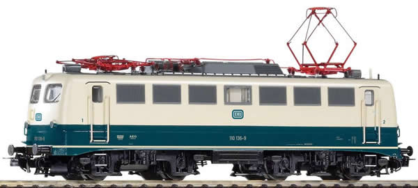 Piko 51736 - German Electric Locomotive BR 110 of the DB