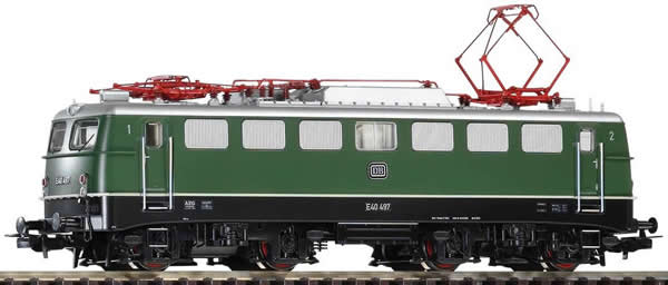 Piko 51739 - German Electric Locomotive E 40 of the DB
