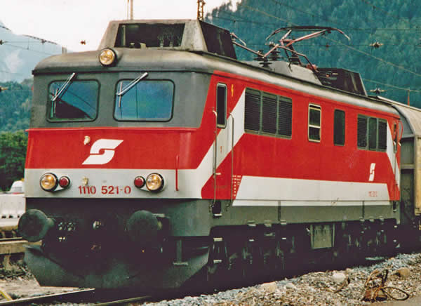 Piko 51762 - Austrian Electric Locomotive series 1110.5 of the ÖBB