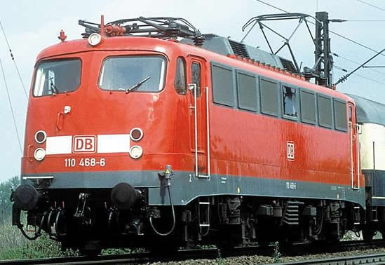 Piko 51802 - German Electric Locomotive BR 110 of the DB AG (Sound)