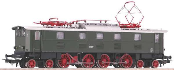 Piko 51824 - German Electric Locomotive E 52 of the DB