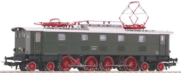 Piko 51825 - German Electric Locomotive E 52 of the DB