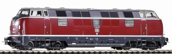 Piko 52600 - German Diesel Locomotive Series V 200.1 of the DB