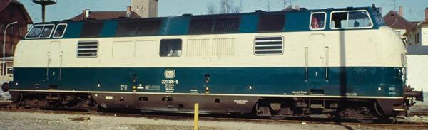 Piko 52602 - German Diesel Locomotive BR 221 of the DB