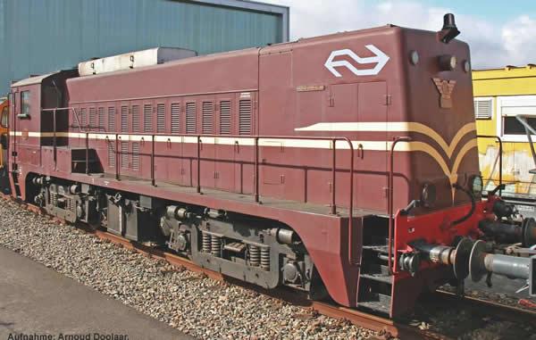 Piko 52689 - Dutch Diesel Locomotive 2200 of the NS (Sound Decoder)