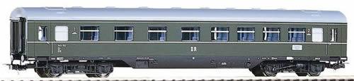 Piko 53241 - Modernization Car 1st/2nd Cl. DR III Skirted