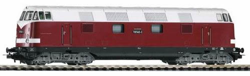 Piko 59564 - BR 118 Diesel DR IV Red/White