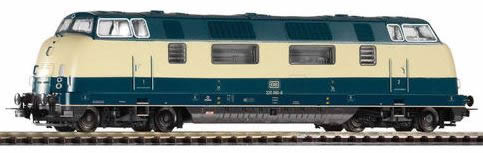 Piko 59704 - German Diesel Locomotive BR 220 of the DB