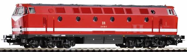Piko 59939 - German 6-axle Diesel Locomotive BR 229 of the DR