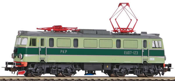 Piko 96380 - Polish Electric Locomotive EU07 of the PKP