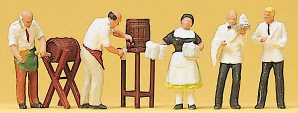 Preiser 10210 - Innkeeper,waiter & waitres