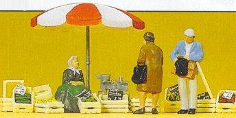Preiser 10337 - Woman seated/market acces
