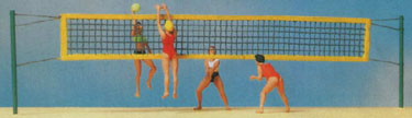 Preiser 10528 - People playing Volleyball