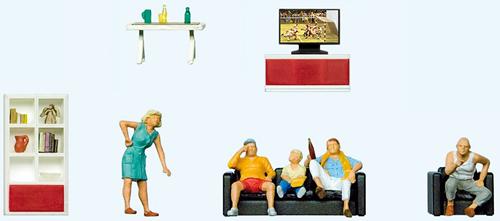 Preiser 10649 - Family watching TV.  Living room set