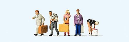 Preiser 10670 - Travelers at the station