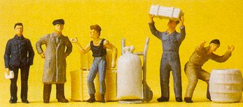 Preiser 14147 - Loading dock workers   5/