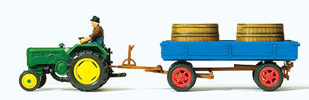 Preiser 17943 - Farm tractor & trailer with tubs for grapes