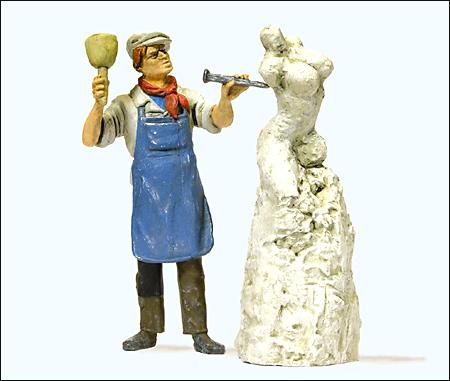 Preiser 44901 - Sculptor Working on Sculpture